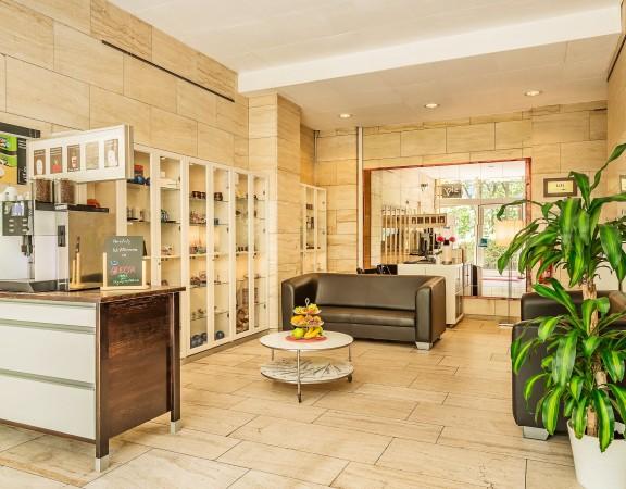 Alecsa Hotel am Olympiastadion - lobby 1