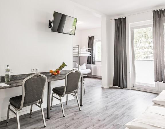 Alecsa Hotel am Olympiastadion - guest room 8